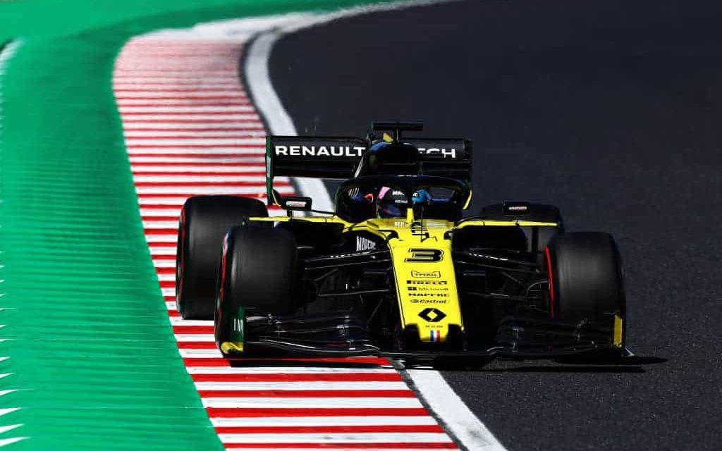 Renault squalificata in Giappone: Leclerc avanza al sesto posto
