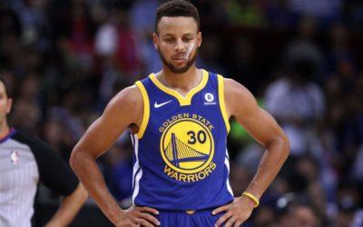 Brutta notizia per i Golden State Warriors: frattura alla mano per Stephen Curry