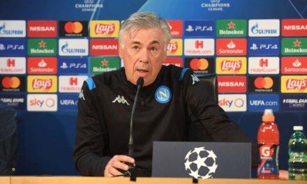 """Ancelotti risponde a De Laurentiis: """"Ritiro? Non sono d'accordo ma lo accetto, non sono preoccupato per il Napoli"""""""