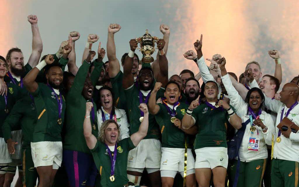 Siya Kolisi nella storia: è il primo capitano nero del Sud Africa a sollevare la Coppa del mondo