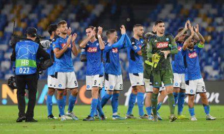 "Napoli, i tifosi protestano: ""Siete dei mercenari"""