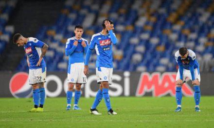 Napoli, non c'è tregua: De Laurentiis prepara la maxi multa per i suoi giocatori