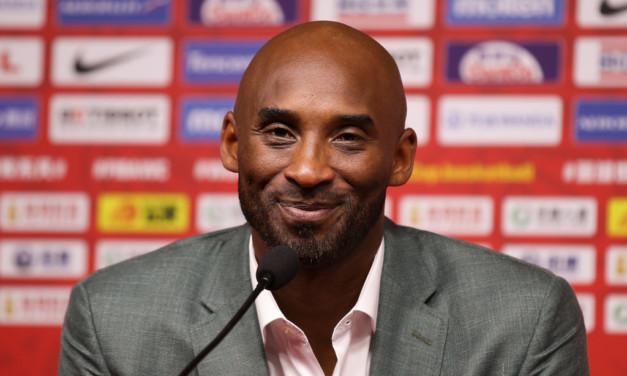 Addio Kobe Bryant: l'ex stella dei Lakers vittima in un incidente in elicottero