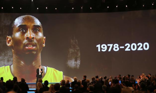 Kobe Bryant, il ricordo allo Staples Center: lungo discorso della moglie Vanessa, Michael Jordan si emoziona