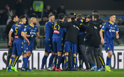 Il pagellone della 23ª giornata: Verona da sogno. L'Inter e la Lazio sognano lo scudetto. Malissimo la Roma, disastro Torino.