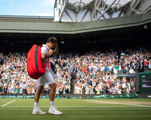 """Federer: """"E' stato un Wimbledon difficile. Ora devo valutare il mio futuro"""""""