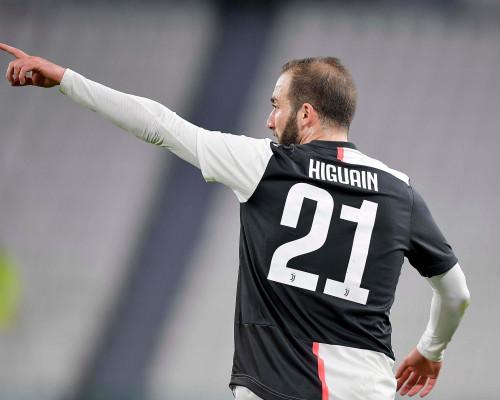 Calciomercato: Higuain vuole tornare al River Plate. Il Real Madrid spinge per Fabian Ruiz, il Milan propone uno scambio al Benfica
