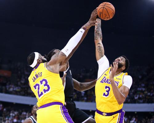 NBA: Lakers vincenti e matematicamente al primo posto. I Raptors passano su Miami, sempre più giù gli Spurs di Belinelli